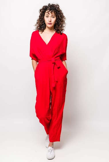 Wrap jumpsuit with sleeves, pockets. The model measures 178cm and wears S/M. Length:140cm