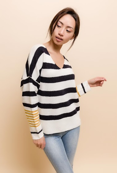 The model measures 170cm, one size corresponds to 10/12(UK) 38/40(FR). Length:60cm
