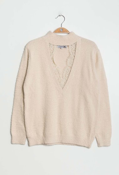 Femine sweater