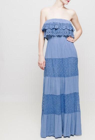 Long strapless dress, lace yoke, TU corresponds to 38-40