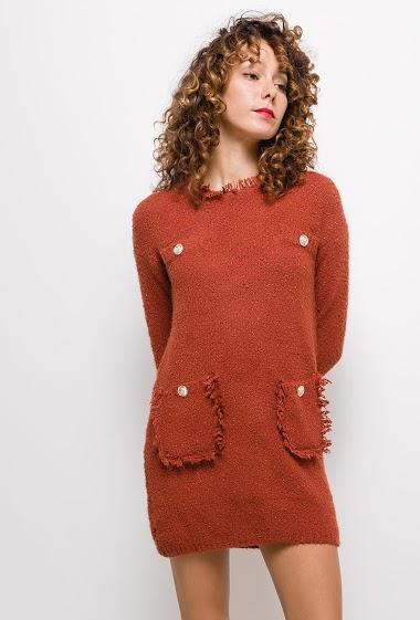 Robe pull maille bouclettes avec poches ,La mannequin mesure 177cm, TU correspond à 38/40. Longueur:85cm