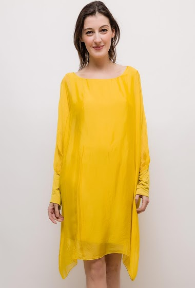 Loose long sleeves dress. The model measures 178cm, one size corresponds to 10/12(UK) 38/40(FR). Length:90cm