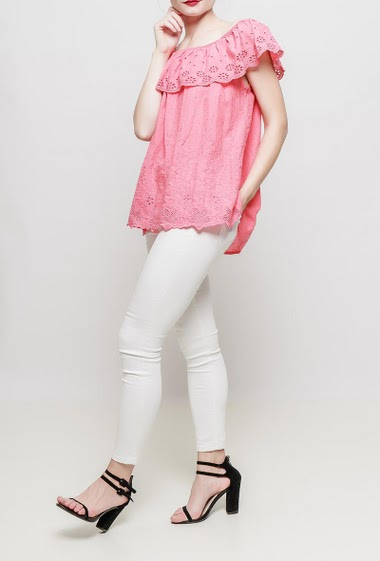 Off shoulder frill top, embroidered flowers, spotted back - TU corresponds to 38-40
