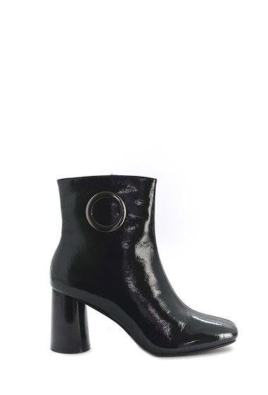 Heels low boots