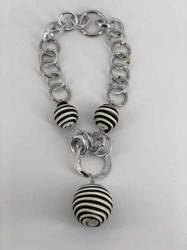 Rope ball necklace
