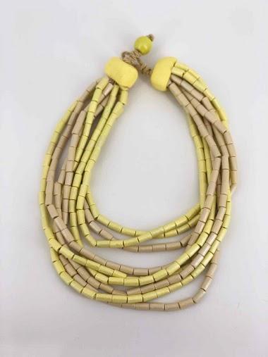 Collier court perle en bois couleur mixte
