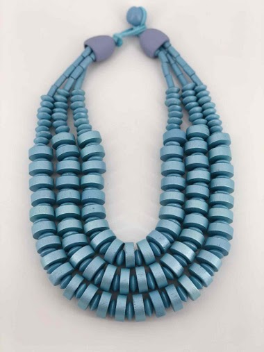Short necklace, multiple wooden chain