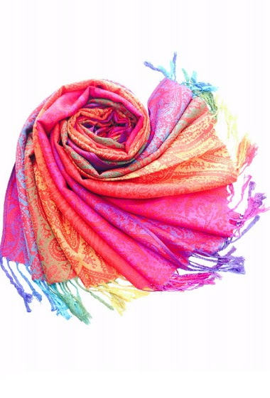 100% viscose scarfwith more than 20 colors per scarf 70*180 cm