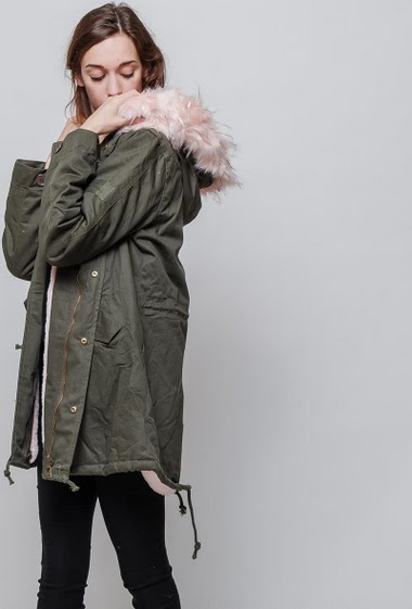 Parka with fur lining, hood. The model measures 177cm, one size corresponds to 38-40