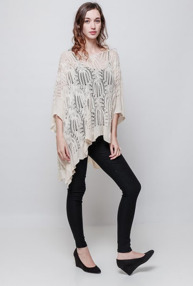 Fine knitted sweater, pattern, poncho design, loose fit, sold whithout lining. The model measures 177 cm, one size corresponds to 38-40