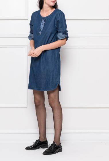 Robe droite avec manches retroussables et col lacet - Marque Fashion