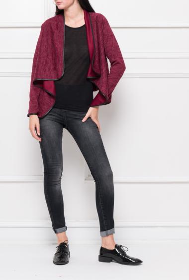 Veste en maille avec bordure en similicuir, col cascade - Marque Simone Fashion