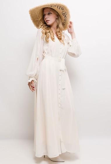 Robe fluide, devant boutonné, ceinture. manches longues avec nœud. La mannequin mesure 170cm et porte du S. Longueur:140cm