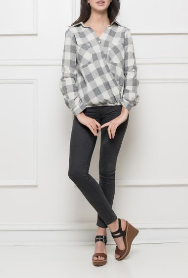 Cross checked shirt, roll-up long sleeves, elastic waist, patch pockets