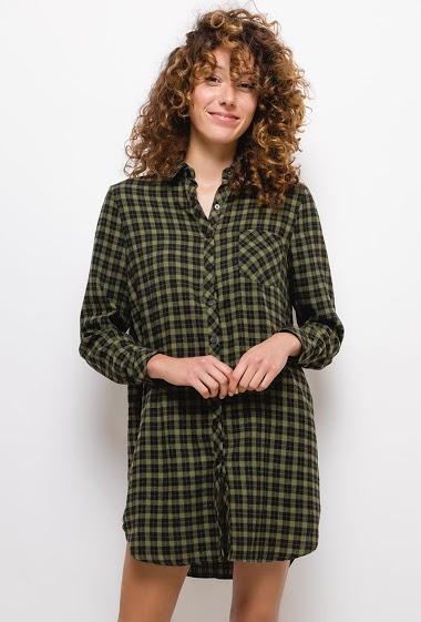 Robe chemise à carreaux,La mannequin mesure 177cm et porte du S. Longueur:85cm
