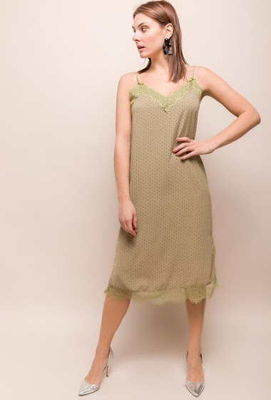 Strappy dress, polka dots, lace. The model measures 175cm and wears S. Length:113cm