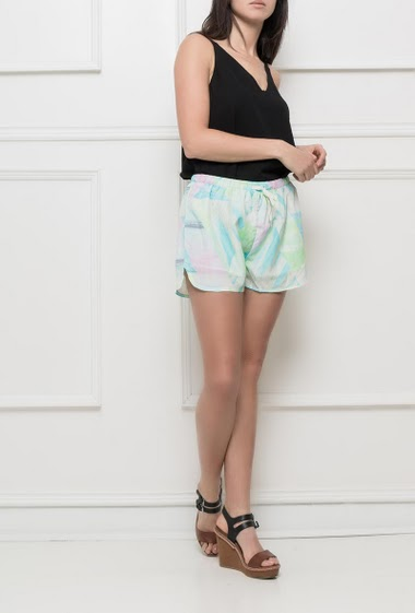 Printed shorts with elastic waist, fluid fabric