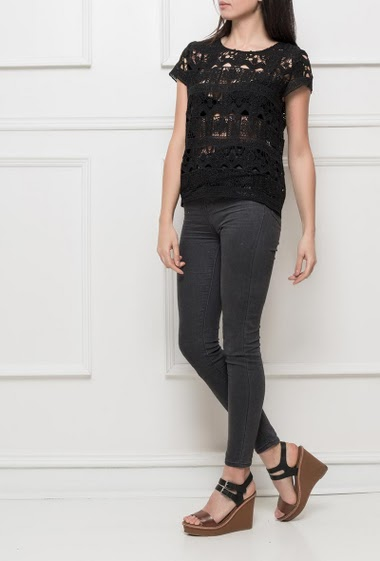 Transparent top with short sleeves, geometric lace, regular fit