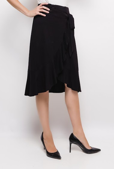 Frill skirt,The model measures 177cm and wears M/10(UK) 38(FR)