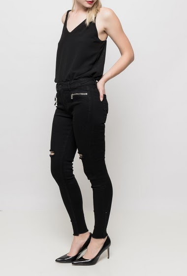 Pants with decoratives zips, rips, raw edges, slim fit