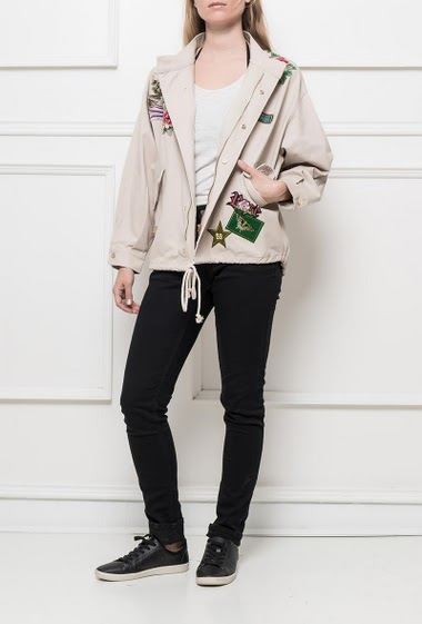 Cotton jacket decorated with embroideries, drawstrings, pockets, classic fit
