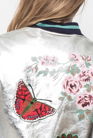 Bomber jacket with embroideries and print, zipped pockets, baseball collar, casual fit