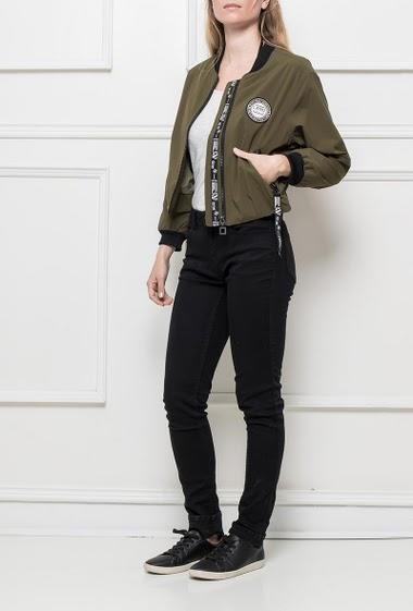 Bomber jacket, zip closure, pockets, baseball collar
