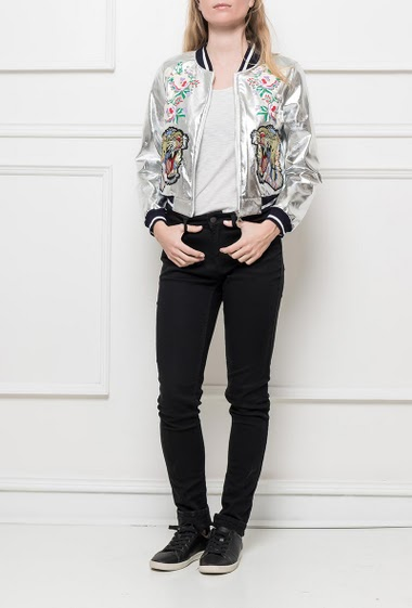 Shiny jacket with embroideries, zip closure, baseball collar, casual fit