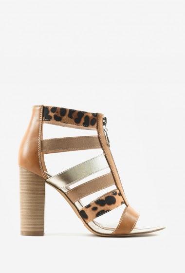 Sandales à talon premium | Matière(s): P.U | 9.5cm | Semelle intérieur: P.U | Marques: Erynn | Semelle extérieur: P.U