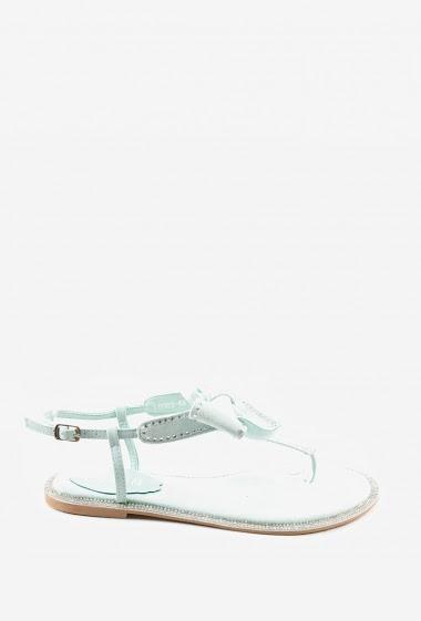 Sandales plates suédine à noeud avec strass | Matière(s): Suédine | Semelle intérieur: P.U | Marques: Erynn | Semelle extérieur: P.U