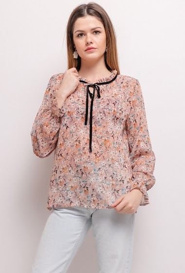 Blouse with printed flowers, tie collar. The model measures 171cm, one size corresponds to 10/12(UK) 38/40(FR). Length:62cm