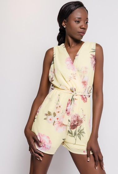 Sleeveless wrap playsuit, printed flowers. The model measures 179cm, one size corresponds to 10/12(UK) 38/40(FR). Length:80cm