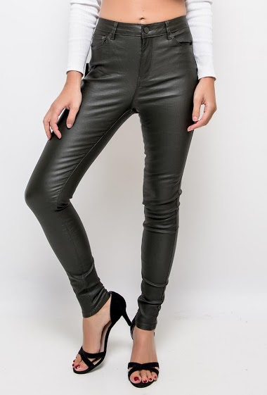 Fake leather pants,The model measures 175cm and wears S/8(UK) 36(FR)