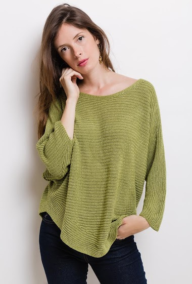 Shiny casual sweater. The model measures 176cm, one size corresponds to 10/12(UK) 38/40(FR). Length:70cm