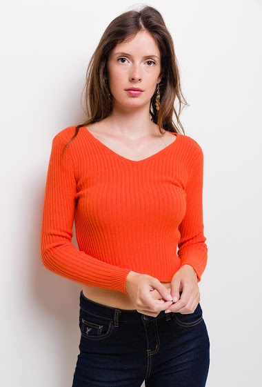 Ribbed knit crop sweater. The model measures 176cm, one size corresponds to 8/10(UK) 38/40(FR). Length:45cm