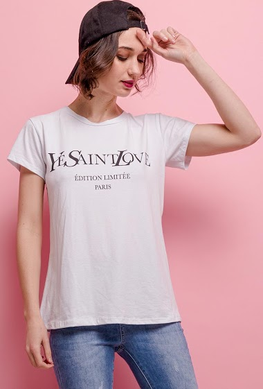 T-shirt with printed message. The model measures 177cm, one size corresponds to 10/12(UK) 38/40(FR). Length:63cm