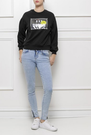 Sweatshirt with print DAY DREAM with smiley