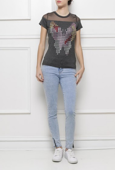 Short sleeves t-shirt with butterfly in strass, transparent yoke, very soft jersey