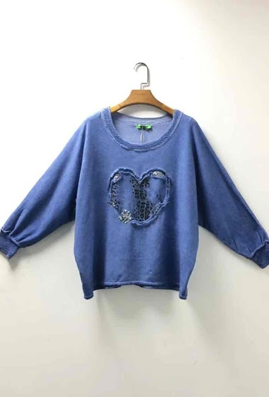 oversized top with a fancy heart leopard and sequins - For Her Paris