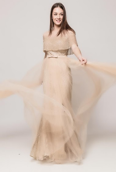 Evening tulle dress, strass, pearls, split. The model measures 175cm and wears S