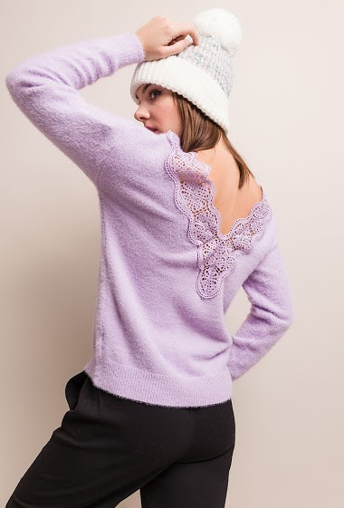 Reversible sweater. The model measures 175cm, one size corresponds to 10/12(UK) 38/40(FR). Length:63cm