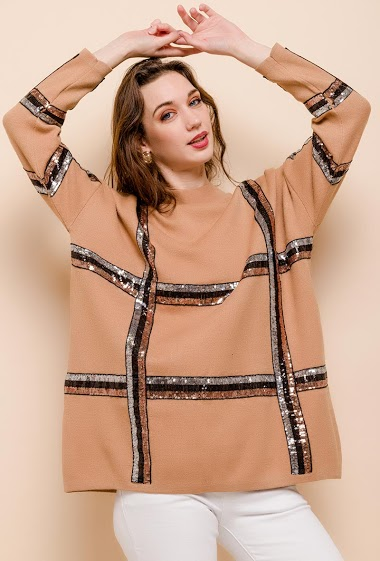 Sweater with sequins. The model measures 177cm, one size corresponds to 10/12(UK) 38/40(FR). Length:73cm