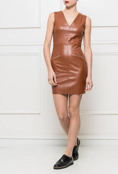 Sleeveless dress in imitation leather, decorative zips on the front, close fit
