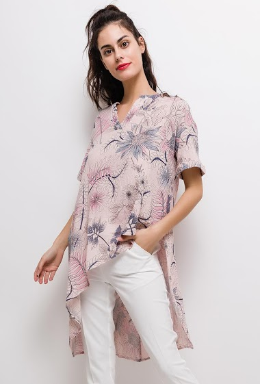 Tunic with printed flowers. The model measures 176cm, one size corresponds to 10/12(UK) 38/40(FR). Length:100cm