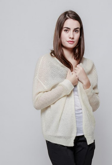 Open cardigan, fine knit with lurex. The model measures 172cm and wears S/M