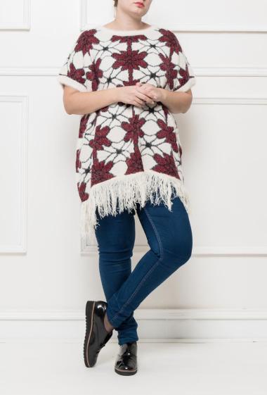 Pull en maille à manches courtes, motifs fleurs, bordure à franges