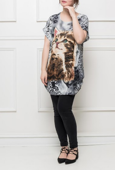 Jersey tunic with leopard pattern and printed cat decorated with strass, short sleeves, fluid   fabric