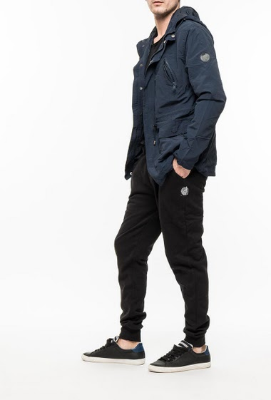 Zipped and waterproof jacket, hood
