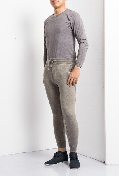 Joggers trousers, elastic waist, casual fit