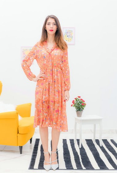 Flower print dress. The model is 175cm tall and wears a S. Length: 110cm